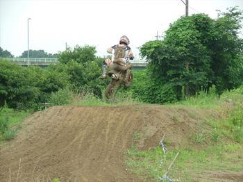 http://www.live-247.com/103/imagez/2006_0716_G-thumb.jpg