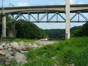 http://www.live-247.com/103/imagez/2006_0819_K-thumb.jpg