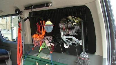 http://www.live-247.com/103/imagez/2006_1012_C-thumb.jpg