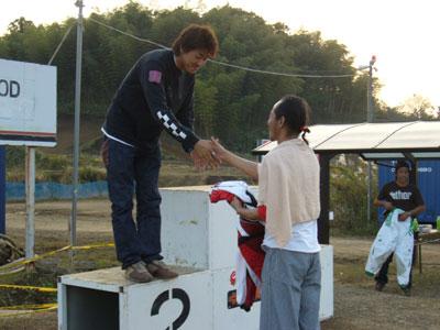 2006_1103_B.jpg