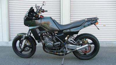 http://www.live-247.com/103/imagez/2006_1203_B-thumb.jpg