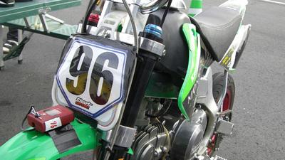 http://www.live-247.com/103/imagez/2006_1216_C-thumb.jpg